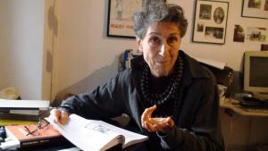 Η Σίλβια Φεντερίτσι στο σπίτι της